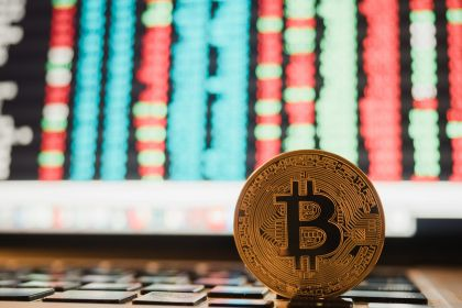 bitcoin-cryptocurrency-and-stock-market-business-TYZAJCW.jpg